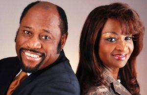 Dr Myles Munroe And His Wife Dead In Plane Crash